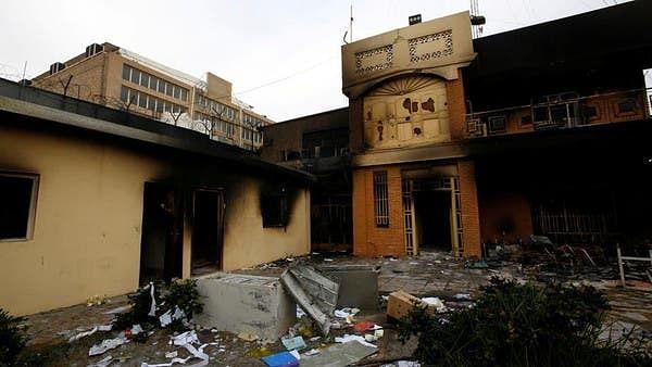 عراق: نجف میں ایرانی قونصل خانہ تیسری مرتبہ نذر آتش