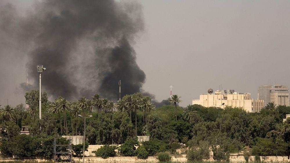 عراق واقع امریکی سفارت خانہ کے قریب پھر داغے گئے 3 راکٹ