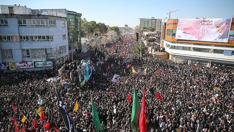 ایران: قاسم سلیمانی کے جلوسِ جنازہ میں بھگدڑ، 35 افراد ہلاک، 50 زخمی