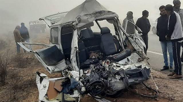 بہار میں مختلف سڑک حادثات میں 5 افراد کی موت، 22 زخمی