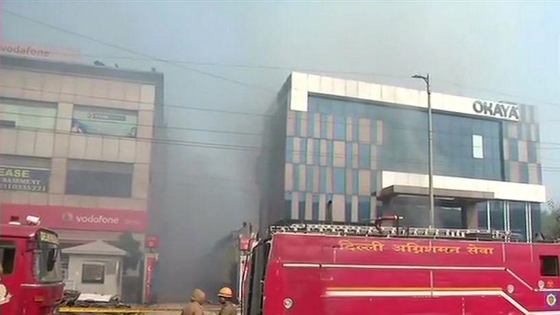 دہلی: پیراگڑھی کی فیکٹری میں زبردست آتشزدگی، 14 افراد زخمی