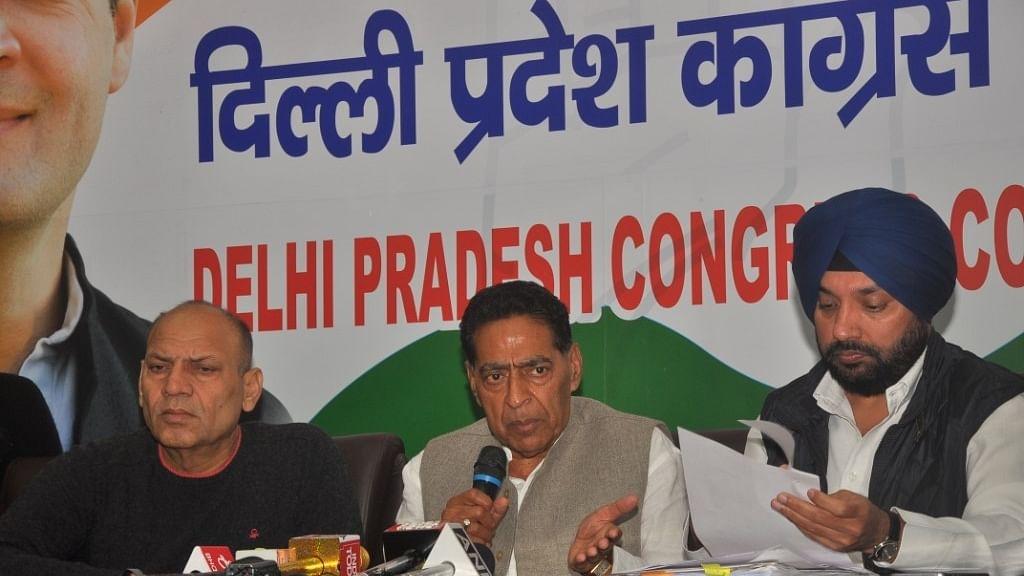 غیر منظور شدہ کالونیوں کے معاملہ میں مرکز اور دہلی سرکار لوگوں کو گمراہ کر رہی ہیں