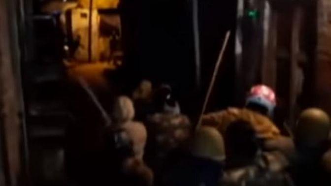 یوپی میں خاتون مظاہرین پر پولس نے برسائی لاٹھیاں! ویڈیو وائرل