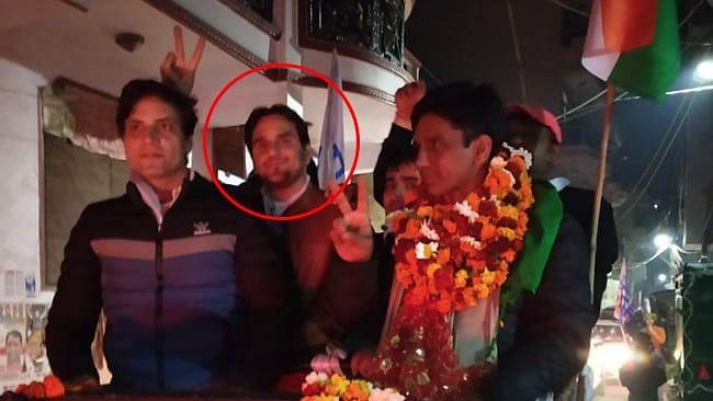 دہلی انتخاب میں کامیابی کا جشن بنا ماتم، عآپ رکن اسمبلی کے قافلہ پر فائرنگ، ایک ہلاک