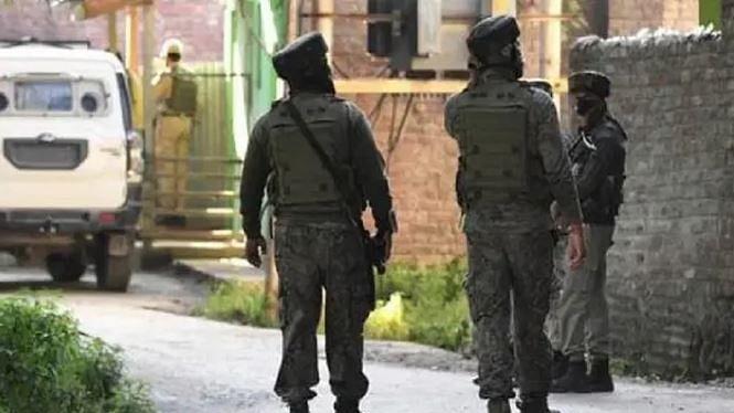 جموں و کشمیر:  اننت ناگ میں سیکورٹی فورسز کے ساتھ تصادم میں 2 ملی ٹنٹ ہلاک
