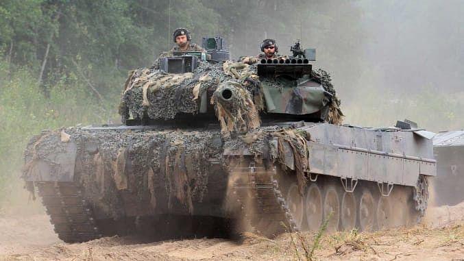 امریکہ و چین عالمی دفاعی اخراجات میں بے تحاشہ اضافہ کے ذمہ دار