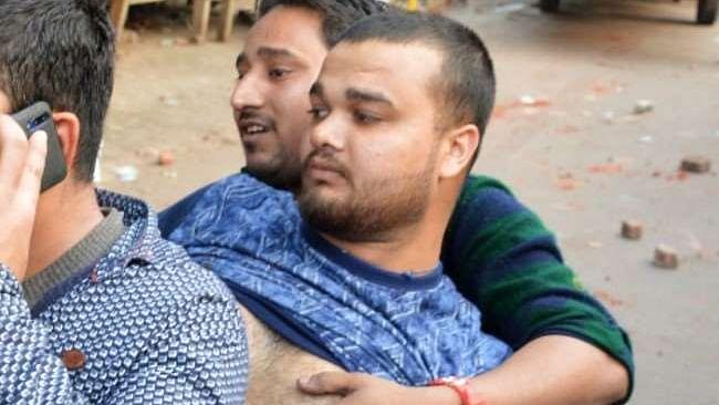 علی گڑھ میں حالات کشیدہ،سی اےاے مخالف مظاہرہ میں زخمی طارق کی موت