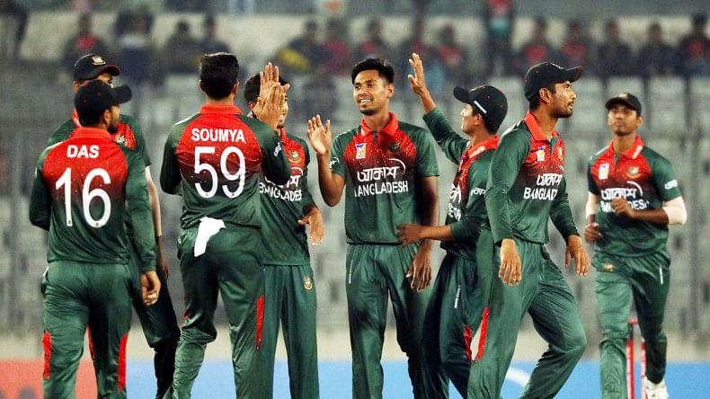 کورونا وائرس کو شکست دینے کے لیے 27 بنگلہ دیشی کرکٹر متحد، اٹھایا بہترین قدم