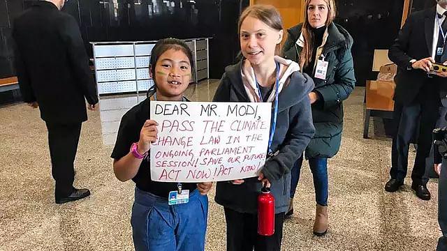 خواتین کی بااختیاری پر مودی کے فریب کو 8 سال کی ماحولیاتی کارکن نے اجاگر کر دیا'