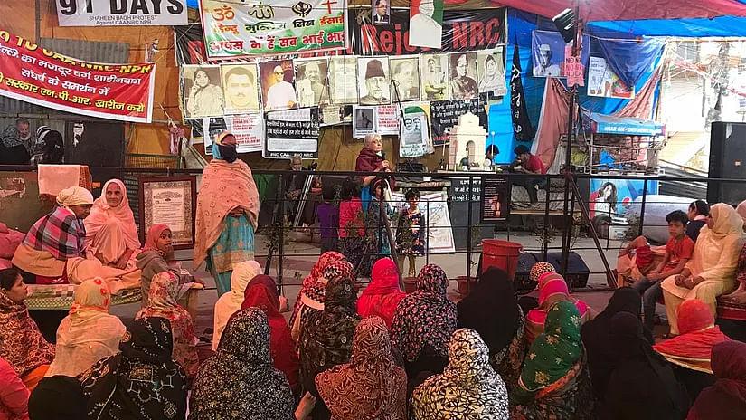 امت شاہ کا 'آدھا سچ' شاہین باغ خواتین مظاہرین کو ناقابل قبول