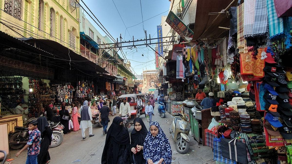 دہلی: جامع مسجد کے لذیذ کھانوں پر پہلے 'فسادات' اب 'کورونا' کا سایہ