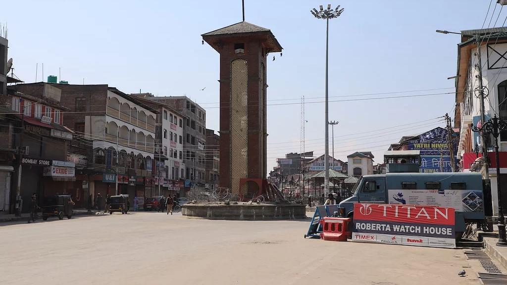 کورونا وائرس: کشمیر میں لاک ڈاؤن کا آٹھواں دن، پابندیاں مزید سخت