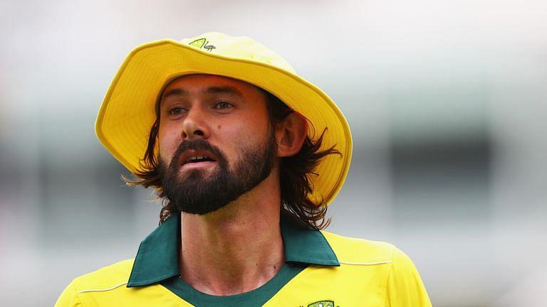 آسٹریلیا کے اسٹار گیندباز پر 'کورونا وائرس' کا خطرہ، ٹیم سے باہر