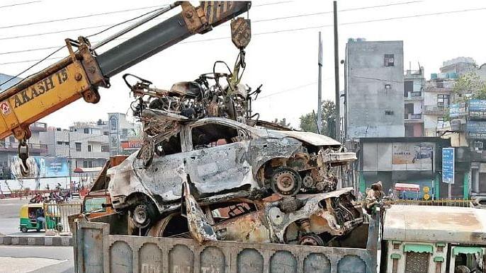 دہلی تشدد: نفرت کے سوداگروں نے کاروبار تباہ کر دیا، چھوٹے موٹے دھندے بھی ختم!