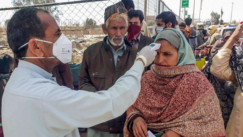 پاکستان میں کورونا وائرس سے پہلی موت، 24 گھنٹوں کے دوران کیسوں میں چار گنا اضافہ