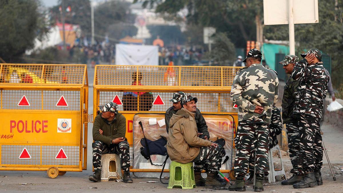 دہلی پولیس کا اعتراف: 'شاہین باغ میں سڑکیں مظاہرین نے نہیں پولیس نے بند کیں'