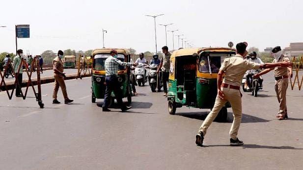 لاک ڈاؤن: دہلی میں 3750 افراد حراست میں، 557 گاڑیاں ضبط، 145 ایف آئی آر