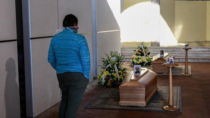 اٹلی: کرونا سے ہلاکتوں کا ایک دن میں نیا ریکارڈ قائم، 800 افراد کی زندگی کا چراغ گل