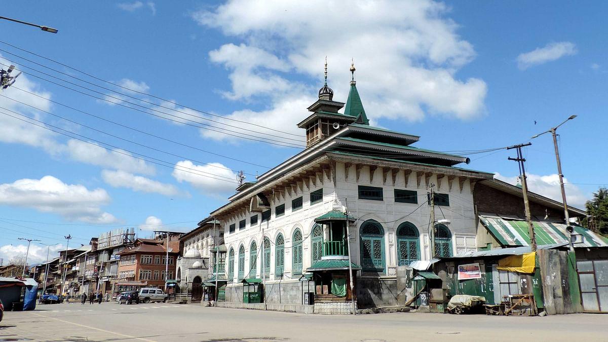 کشمیر میں لاک ڈاؤن: مساجد کے منبر و محراب لگاتار دوسرے جمعے کو بھی خاموش