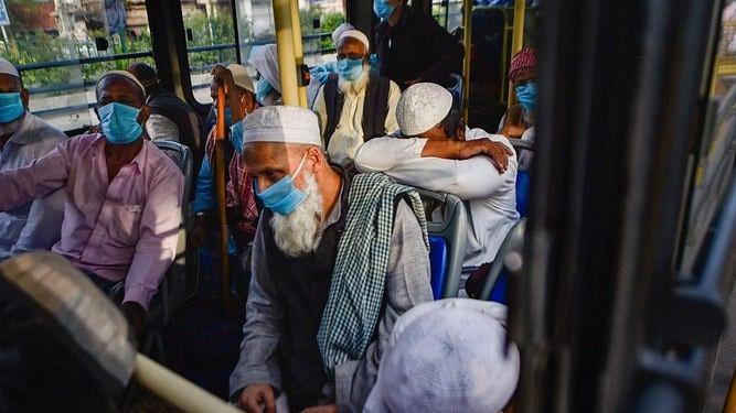 عالمی وباء پر فِرقہ پرستی حاوی... نواب علی اختر