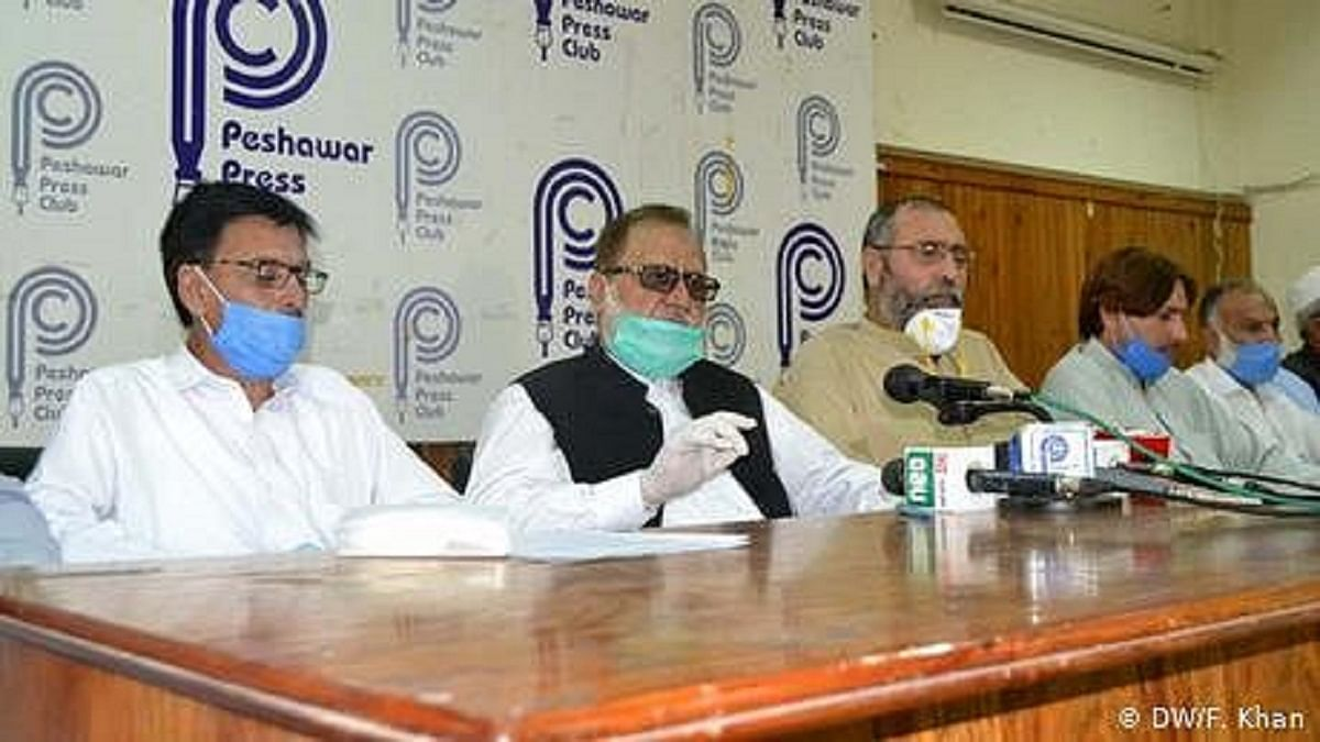 پاکستان: کورونا وائرس سے خیبر پختونخوا کا 345 طبی عملہ شدید متاثر