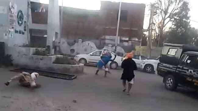 پٹیالہ: لاک ڈاؤن کے دوران نہنگ سکھوں کا پولیس پر حملہ، 3 اہلکار زخمی، 7 گرفتار