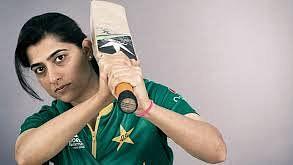 آئی سی سی نے پاکستانی کرکٹر ثناء میر کو ریٹائرمنٹ پر دیں نیک خواہشات