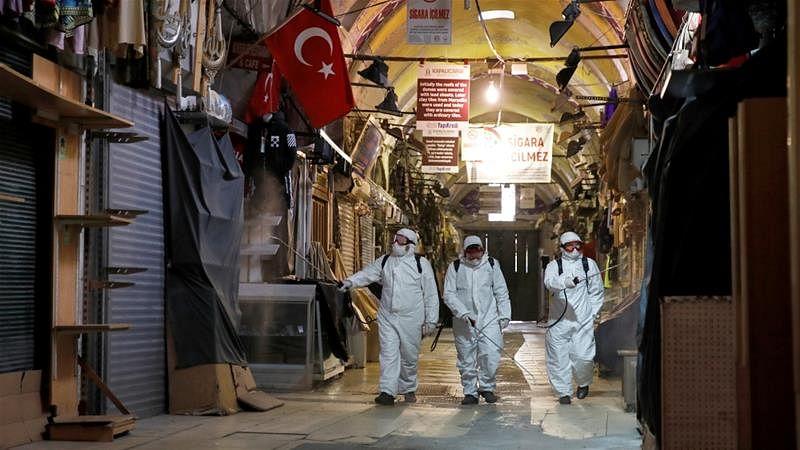 ترکی میں کورونا متاثرین کا آیا سیلاب، 90 ہزار سے زیادہ متاثرین