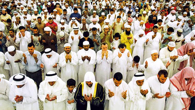 کورونا وائرس: سعودی حکومت نے نمازِ تراویح گھر میں پڑھنے کی تلقین کی
