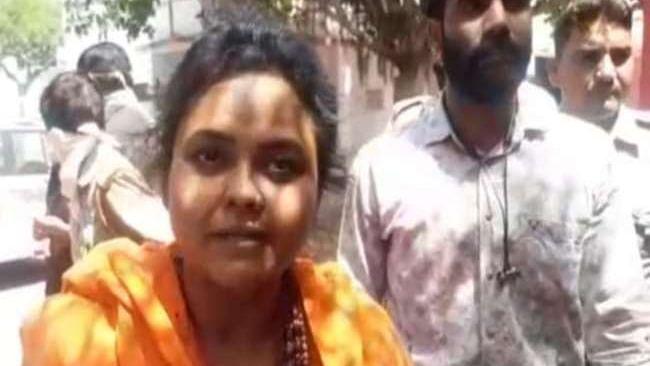 تبلیغی جماعت والوں کو 'گولی مارنے' کا اعلان کرنے والی پوجا شکون گرفتار