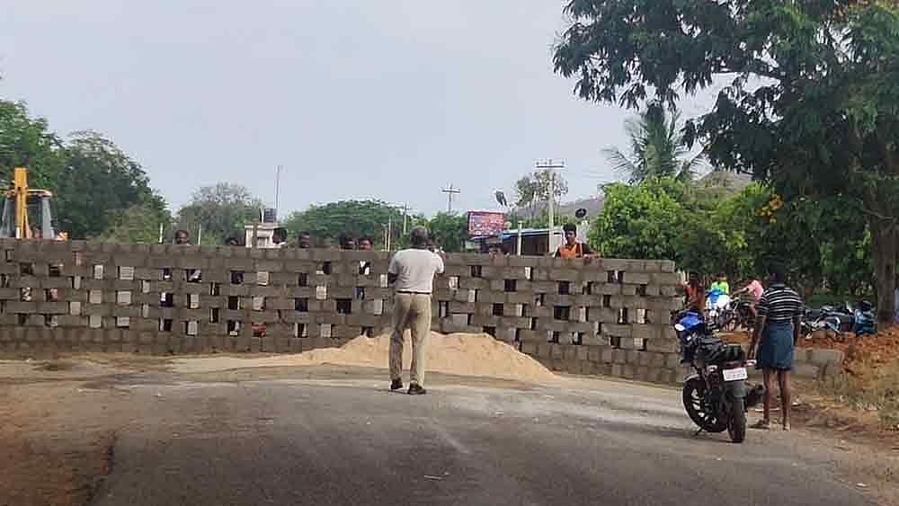 کورونا وائرس نے آندھرا پردیش-تمل ناڈو کو جوڑنے والی سرحد پر کھڑی کر دی دیوار