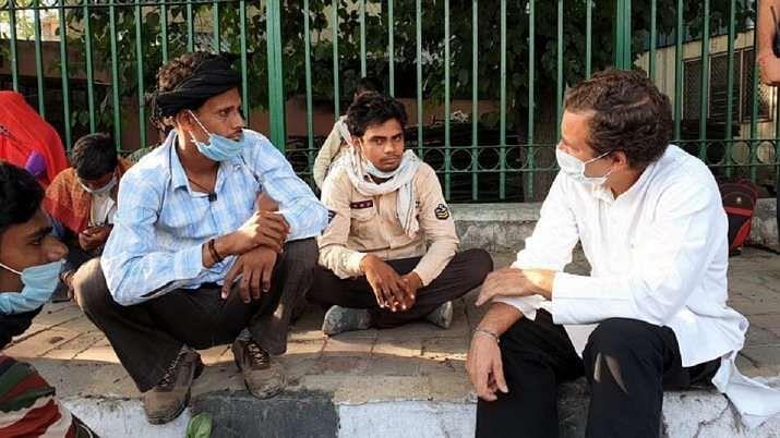 لاک ڈاؤن نے سب سے زیادہ تکلیف مہاجر مزدوروں کو پہنچائی: راہل گاندھی