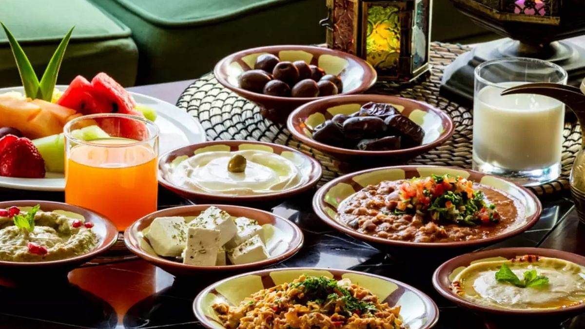 کورونا کے دور میں افطار و سحر میں 'متوازن غذا' پر توجہ دینا انتہائی ضروری