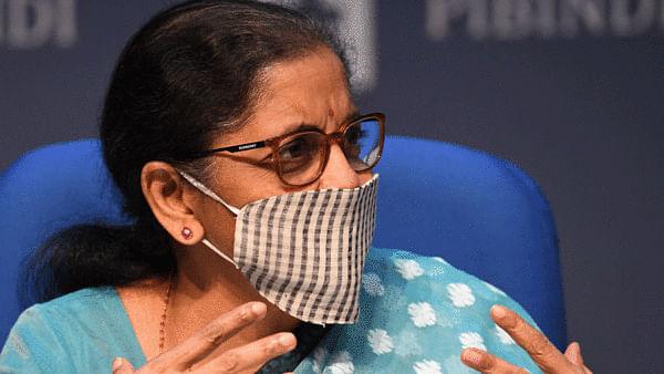 نرملا کی پریس کانفرنس: 20 لاکھ کروڑ روپے کے پیکیج میں سے کسے کیا ملا؟