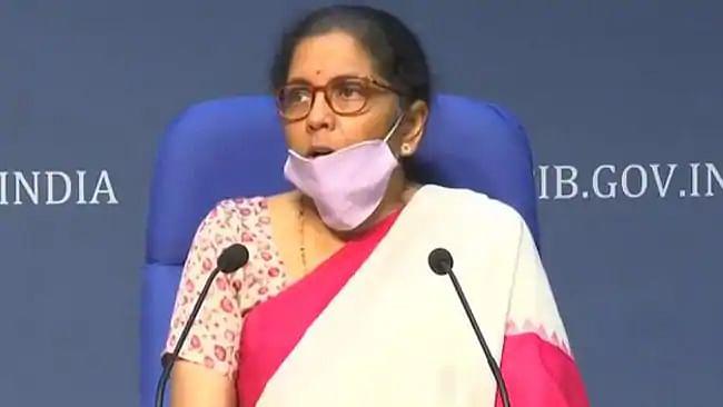 ہندوستانی معیشت کے سامنے اب بھی چیلنجز برقرار، نرملا سیتا رمن کا اعتراف