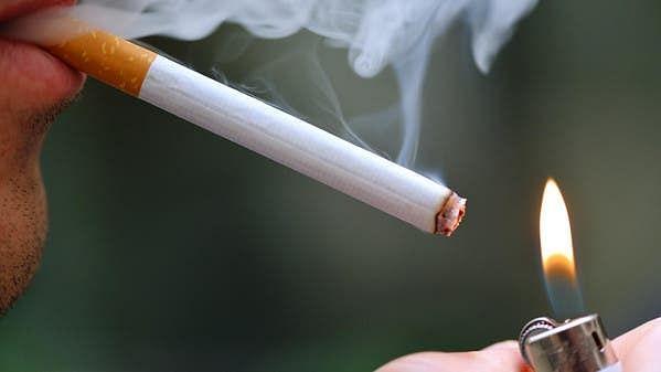 برطانیہ: کورونا وائرس کے خوف سے 3 لاکھ افراد نے سگریٹ نوشی چھوڑ دی