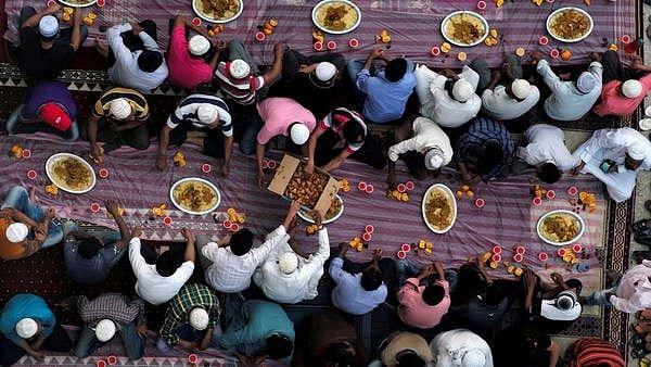 افطار پارٹی میں شرکت کے بعد ایک ہی خاندان کے 16 افراد کورونا کی گرفت میں
