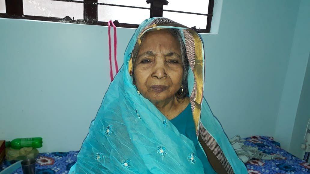 آہ! میری دادی انتقال کر گئیں، اس کورونا نے مجھے بھی نہیں بخشا... تنویر احمد