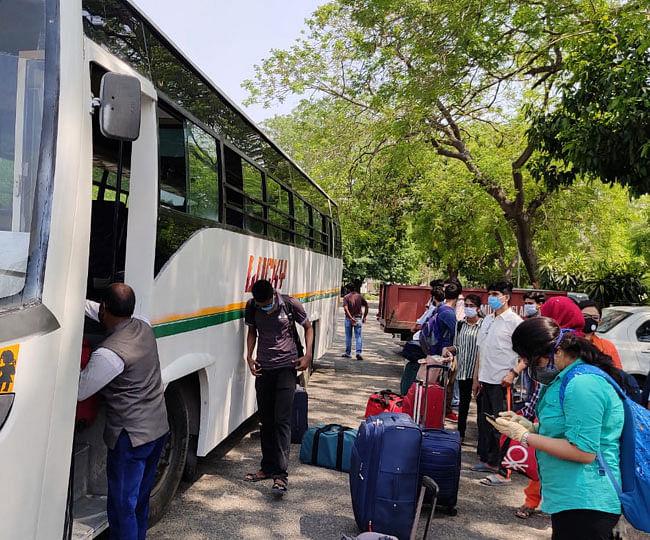 جامعہ ملیہ اسلامیہ کے ہاسٹل میں پھنسے بہار کے طلباء اپنے گھروں کےلئے روانہ
