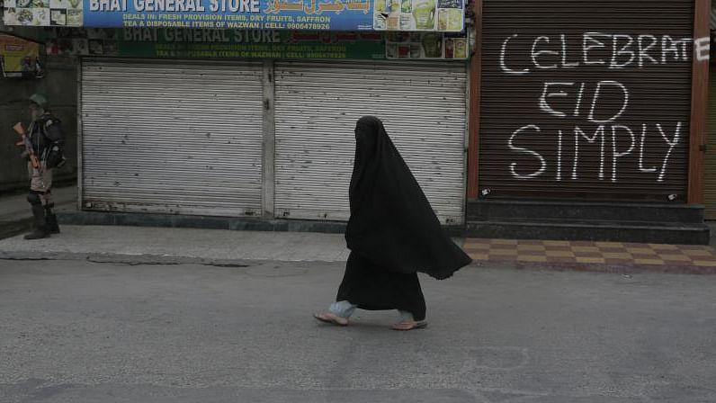 کشمیر: عید الفطر سے قبل بازار ویران اور لوگ پریشان