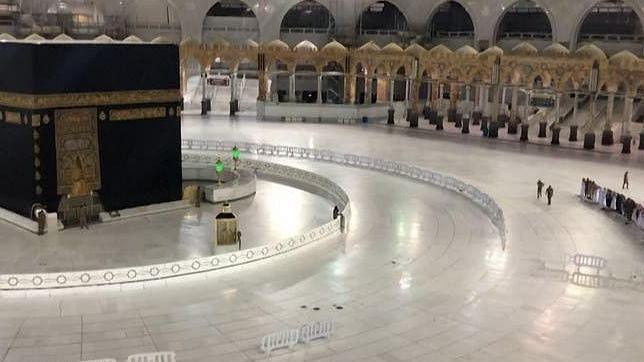 کورونا وبا: مسجد الحرام اور مسجد نبوی میں عید کے بڑے اجتماعات منعقد نہیں ہوئے