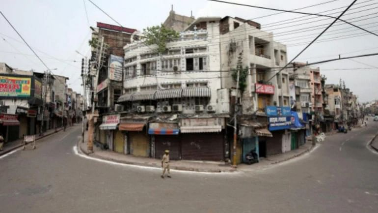 کشمیر: 8 اضلاع میں 2-جی سروس بحال، پلوامہ-شوپیاں میں فون و انٹرنیٹ خدمات ہنوز معطل
