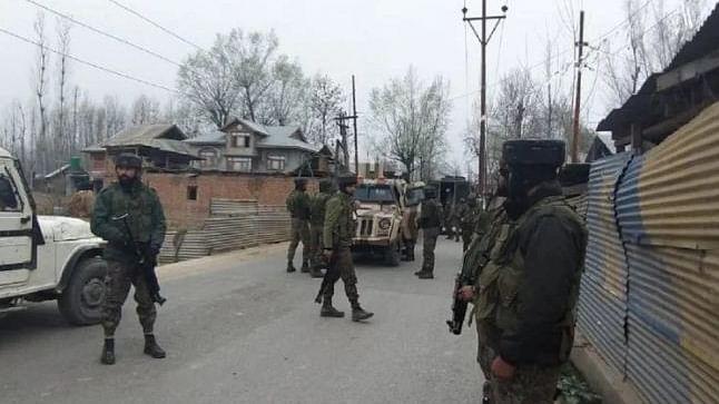 کپوارہ آپریشن: دو فوجی افسروں سمیت 5 سیکورٹی اہلکار از جان، 2 ملی ٹنٹ بھی ہلاک
