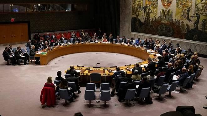 قومی آواز بلیٹن: سلامتی کونسل کا غیر مستقل رکن بنا انڈیا؛ کورونا بحران میں ایک اور جھٹکا؛ منی پور کی بی جے پی حکومت کو خطرہ