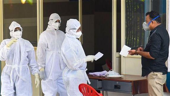 کشمیر: کورونا میں مبتلا دو خواتین کی موت، کل تعداد 78 ہوئی