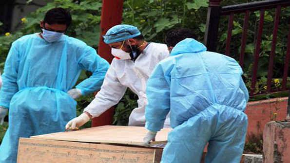 جموں وکشمیر میں کورونا میں مبتلا مزید 2 مریضوں کی موت،  کل تعداد 90 ہوئی