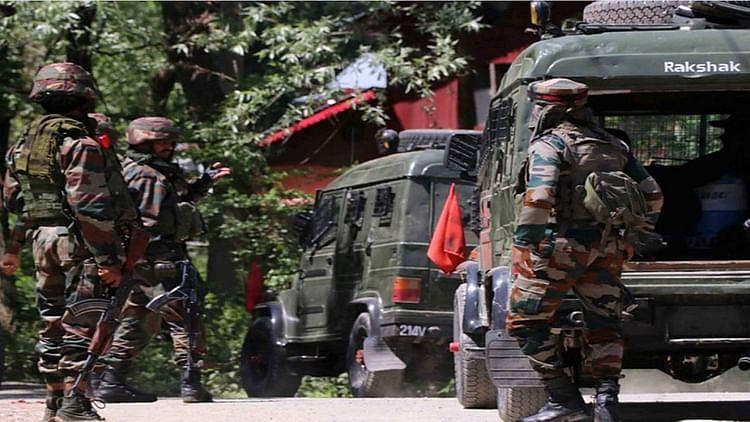جموں و کشمیر: پلوامہ میں تصادم، 2 ملی ٹینٹ ہلاک،  ایک سی آر پی ایف جوان شہید