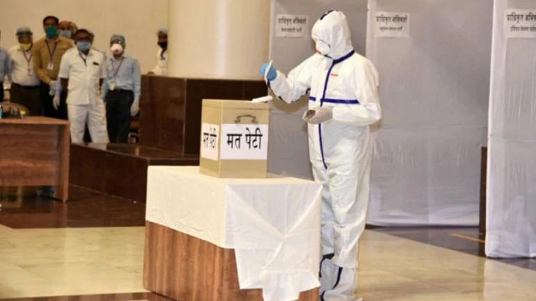 کورونا سے متاثرہ رکن اسمبلی نے بھی راجیہ سبھا کے لئے ووٹ  ڈالا