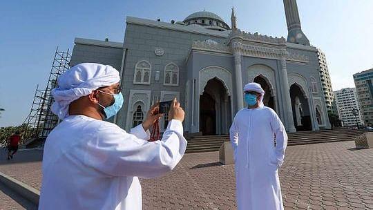 مسجد الحرام اور مسجد نبوی میں نمازعید الاضحیٰ ادا، دنیا کے کئی خطوں میں محتاط طریقے سے منائی گئی عید