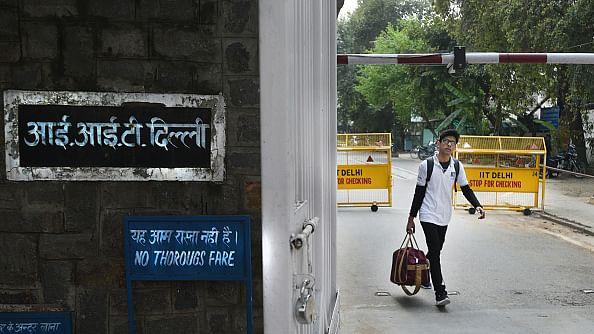 آئی آئی ٹی دہلی کی تیار کردہ انتہائی کفایتی کورونا جانچ کٹ لانچ